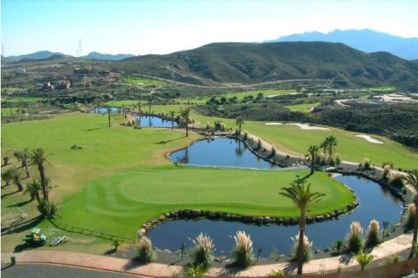 Sân-Golf-West-Lake-Club-&-Villas-có-thiết-kế-đạt-chuẩn-PGA